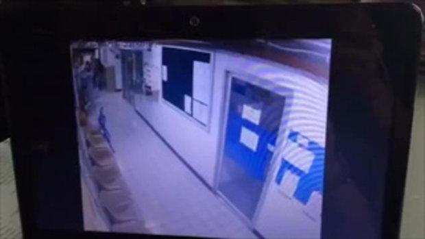 คลิปวินาทีผู้ช่วยพยาบาลหึงโหด แทงเพื่อนดับ 1 เจ็บ 1 คาโรงพยาบาล