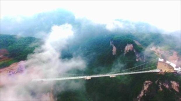 สะพานกระจก จางเจียเจี้ย ที่จีน ยาวสุดในโลก 5