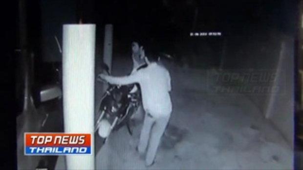 ภาพวงจรปิดจับภาพ 2 คนร้าย ย่องเบาขโมยรถจักรยานยนต์หน้าหอพัก