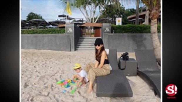 ภาพอบอุ่น เป้ย ปานวาด ควงสามีและลูกเที่ยวทะเล