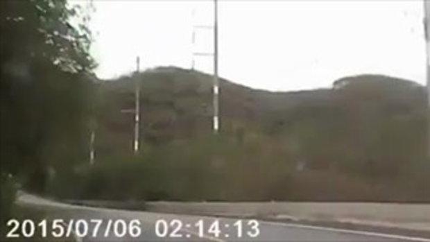 นาทีชีวิต! เปิดคลิปรถบัสลูกเสือ ไหลลงเขา-คนขับอ้างเบรกไม่อยู่