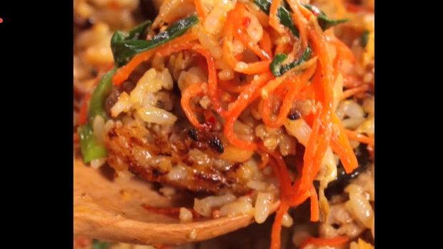 Authentic Bibimbub ข้าวยำเกาหลีสูตรดั้งเดิม