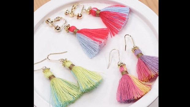 Colorful earrings ต่างหูพู่สีสดใส