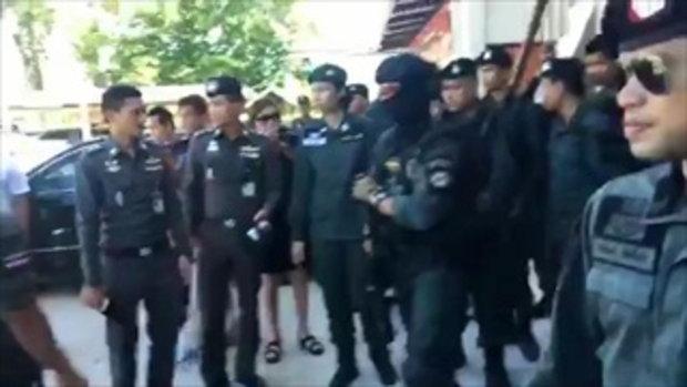 รายงานสดตำรวจคุมตัว เปรี้ยว พร้อม 2 สาวทีมหั่นศพแอ๋ม ไปฝากขังที่ศาลจังหวัดขอนแก่น