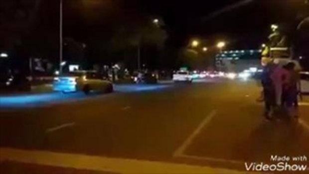 คลิปเต็ม ที่ชื่อ ว่าดริฟกลางกรุง จริงๆๆคือ ซุปเปอร์คาร์แข่งหลังถนนที่บางแสน เมื่อคืนที่2กค60