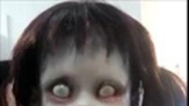 หลอนไปไหน !! ตุ๊กตาซอมบี้เด็กหญิง ขยับได้ราวมีชีวิต มีใครอยากได้ไปเล่นไหม