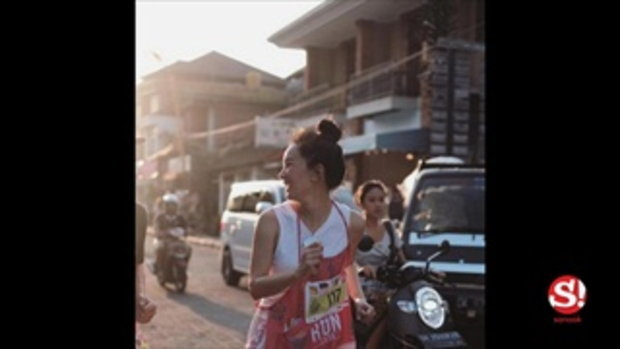 แฟนคลับเสียวแทน ภาพ นุ่น วรนุช นั่งชิงช้าที่บาหลี