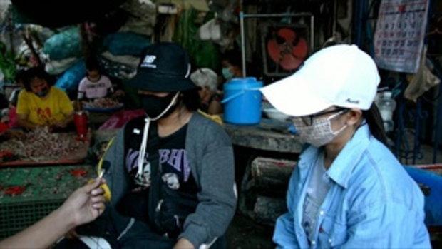 ภาพหดหู่ใจ พี่ชายวัย 11 ขวบ พ่อเลี้ยงตีหัวแตกเลือดอาบ อุ้มน้องสาวไปหาเพื่อนบ้าน