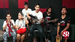 Sanook Live chat (ร้องสด) เพลง อีปริก - ศิลปินกลุ่ม The Voice