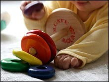 Let's have fun with Toys ของเล่นเสริมสร้างพัฒนาการลูกน้อย