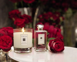 Red Roses Home Candle ตุลาคม 2010
