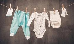 ทารกแรกเกิดควรสวมเสื้อผ้าแบบไหน?