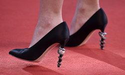 ส่องรองเท้าชาแนลหรูของ Lily-Rose Depp