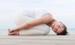 3 ท่าโยคะที่ไม่ควรพลาด ลดอาการปวดเมื่อยได้อย่างอยู่หมัด