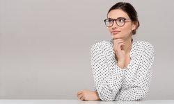 สาวแว่นสวยได้ง่ายๆ กับเทคนิคแต่งหน้าที่คุณเองก็ทำได้