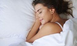นอนท่าไหน ทำให้หน้าสวย?