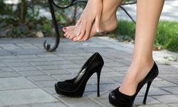 อันตรายจากรองเท้าส้นสูง ภัยเงียบที่มาพร้อมความสวยที่สาวๆ ต้องระวัง