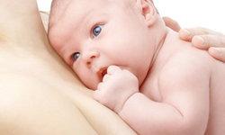 วิธีแก้อาการคัดเต้านมในคุณแม่ลูกอ่อนที่ทำได้ง่ายๆ