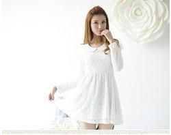 แฟชั่นชุดเดรสสีขาวเสน่ห์ของสาวหวานที่น่ารักลงตัว