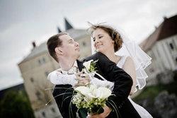 ไอเดียเริดสำหรับว่าที่บ่าวสาว แม้งบน้อยก็จัดงานแต่งให้สวยได้