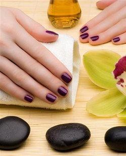 5 ข้อควรรู้ก่อนทาเล็บให้สวยสดใส อวดเล็บมือเรียวสวยสุขภาพดีดั่งใจทุกวัน