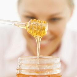 น้ำผึ้ง หลากสูตรลับแห่งความงามที่สาวๆ ห้ามพลาด!