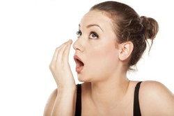 สาเหตุของการเกิดกลิ่นปากกับวิธีป้องกันอย่างได้ผล