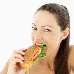 รู้ทัน! อันตรายของอาหารจังก์ฟู้ดเพื่อสุขภาพที่ดีในระยะยาว