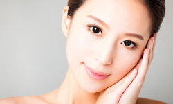 8 วิธีดูแลผิวบอบบางแพ้ง่ายให้สวยสดใส สุขภาพดี