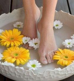 สูตรสปาเท้าด้วยน้ำอุ่น...เติมสุขภาพและความผ่อนคลายแบบองค์รวม