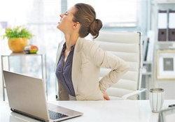 วิธีป้องกันปัญหาสุขภาพจากการนั่งทำงานนานๆ ของสาวออฟฟิศ