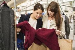 วิธีเลือกซื้อเสื้อกันหนาว ..พร้อมไอเทมหน้าหนาวที่สวยโดนใจ
