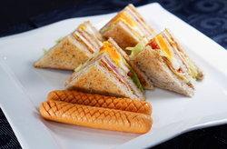 คลับแซนวิช เมนูขวัญใจมหาชน อร่อยง่าย สวยๆเลิศๆสไตล์ Ching Can Cook คร่า ^ ^