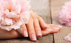 วิธีดูแลเล็บเจ้าสาวให้สวยสมบูรณ์แบบพร้อมสวมแหวนแต่งงาน