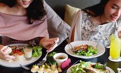 4 เทคนิคเลือกกินอาหารในห้างง่ายๆ ในช่วงไดเอท