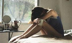 น้ำตาจะไหล 4 โรคร้ายที่มีโอกาสเกิดขึ้นกับสาวโสดได้มากกว่าสาวที่มีคู่