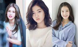 ใบหน้าสุดน่ารักจิ้มลิ้มของ 12 เด็กฝึกที่ลือกันว่าเป็นเกิร์ลกรุ๊ปวงใหม่แห่ง JYP