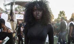 มาแรงแซงทุกโค้ง Anok Yai นางแบบผิวสี ที่ถูกยกว่าสวยที่สุดในโลก