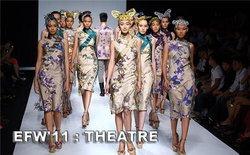 ELLE Fashion Week 2011 : THEATRE