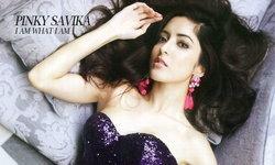 Pinky Savika Wallpaper : I Am What I Am