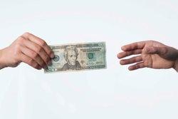 มนุษย์เงินเดือน อยากรู้ไหม ภาษีใหม่ ดีกับคุณอย่างไร ?