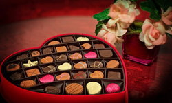 ไขข้อสงสัย ทำไมวันวาเลนไทน์ต้องมอบช็อกโกแลตให้คนรัก?