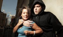 เทคนิคป้องกันตัวระยะประชิดสำหรับผู้หญิง