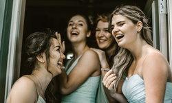 4 บทเรียนที่ไม่ควรมองข้าม หากไม่อยากผิดใจ เมื่อให้เพื่อนมาเป็น 'เพื่อนเจ้าสาว' ให้ในวันแต่งงาน