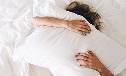 4 วิธีสร้างความสุขบนเตียงแบบไม่ต้องมีเซ็กซ์ คู่สามีภรรยาก็พากันฟินได้
