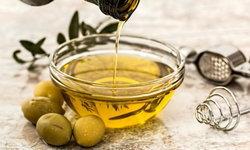 คุณประโยชน์ของน้ำมันมะกอก ยิ่งใช้ ยิ่งดีต่อสุขภาพ