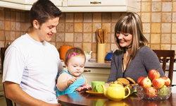 พ่อแม่ควรระวัง อาหาร 7 ชนิด ที่ไม่ควรให้ลูกน้อยวัยต่ำกว่า 3 ขวบทาน
