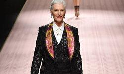 คาร์ล่า บรูนี และเมย์ มัส์ก นำทีม ตัวแม่ ครองรันเวย์ Dolce & Gabbana