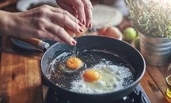 7 ข้อแนะนำ ใช้นำมันทอดอาหารยังไง ปลอดภัยต่อสุขภาพ