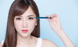 แจก 7 ทริคใช้อายไลเนอร์ สำหรับ มือใหม่หัดกรีดตา วิธีง่ายๆ ใครๆ ก็ทำได้